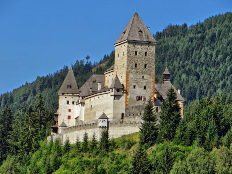 MOOSH Castle in Austria