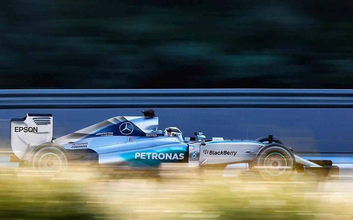 Mercedes-AMG W06 Hybrid - Lewis Hamilton