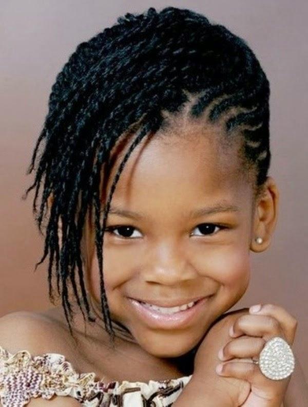 11 Model Rambut Keriting Cantik Untuk Anak Perempuan Terbaru - Foto