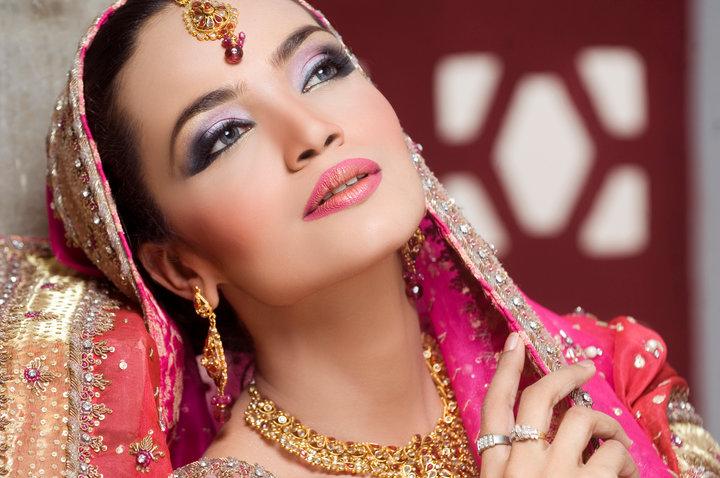 How to choose a wedding makeup?