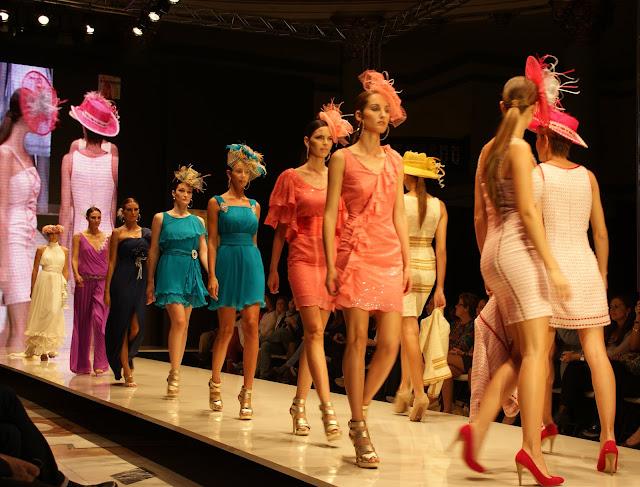 desfile-creasur-en-moda-sevilla-2011