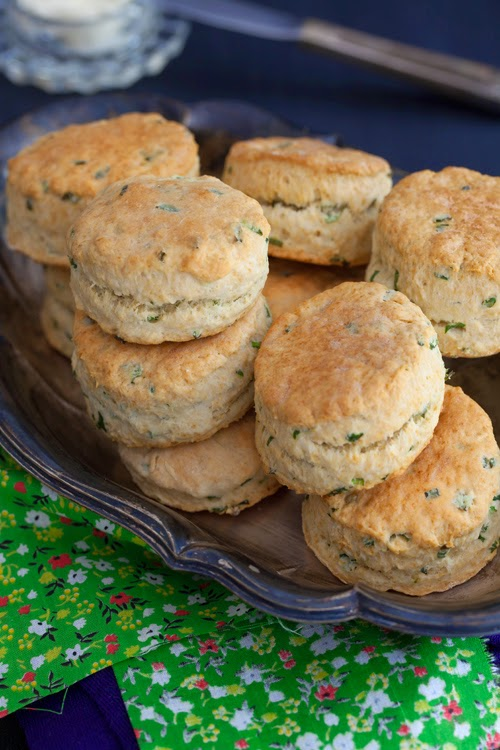 Country Biscuits with Sour Cream & Chives at Cooking Melangery