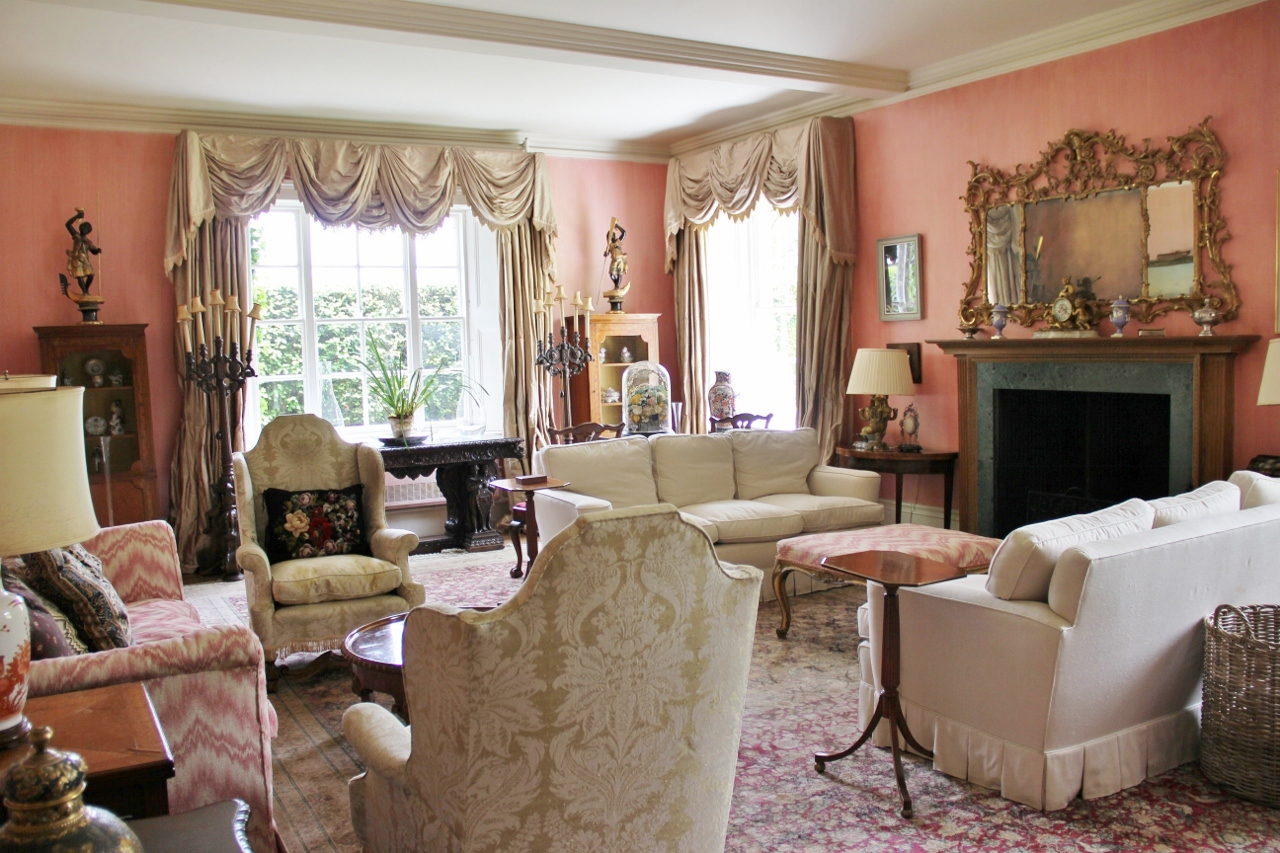 Country houses interior - An English Country House