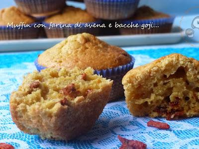 muffin con farina di avena e bacche di goji per una colazione ricca di benessere