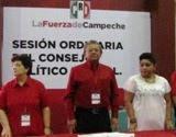 SoniaCuevas(Blanco)LiderCNC CampecheSesionConsejoPRI Campeche. 22nov11.