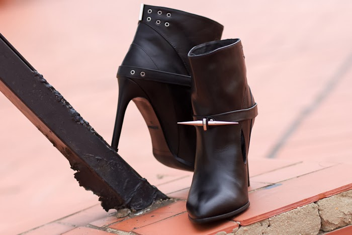 Ankle Boots Trend Style Leather Spikes Studs Pointed High Heels Fashion