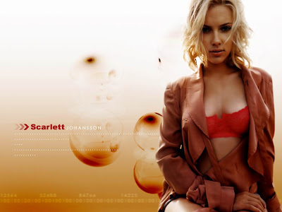 Scarlett Johansson Hot Photos and Wiki