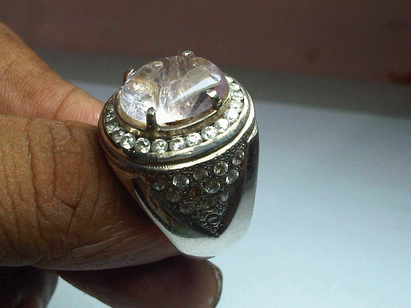 Emban Cincin Silver Platinum