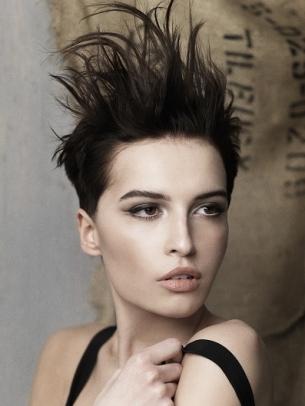 Women's-Short-Mohawk-Hair-Styles-9