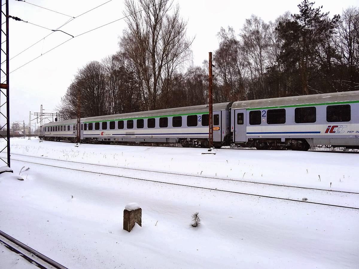 Wagony IC na grochowskim Wianku