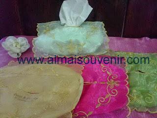 http://www.almaisouvenir.com/2013/12/souvenir-etnik-souvenir-unik-souvenir_17.html