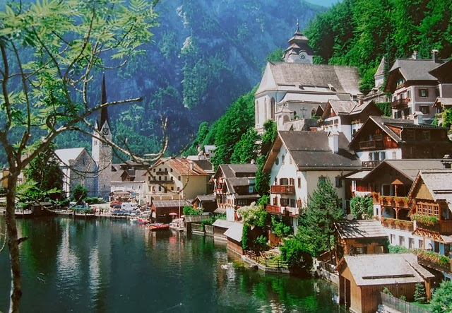 Shooting Film: Magnificent Natural Landscape of Hallstatt