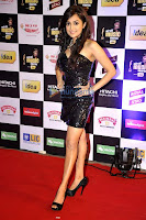 Shahrukh, Madhuri, Varun and others grace 'Mirchi Music Awards'