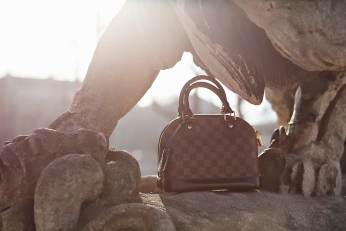 louis vuitton alma bag angelica ardasheva paris