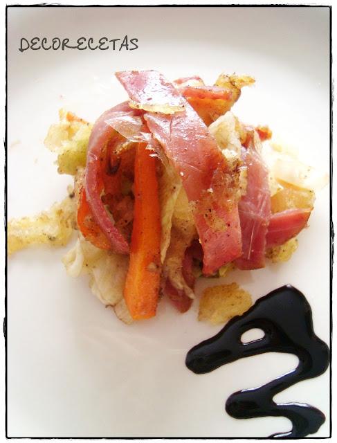 Ensalada templada de salazón con tempura