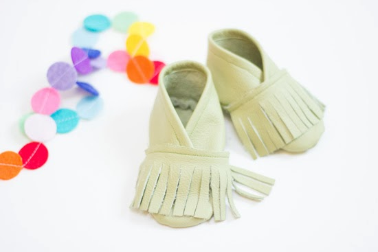 diy leather baby moccasin tutorial