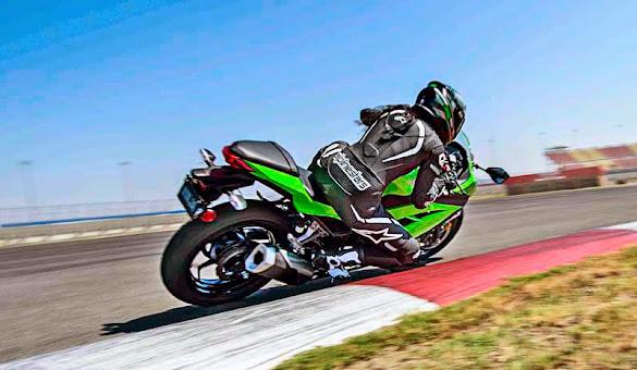Motor Kawasaki Ninja 300 Terbaru 2015