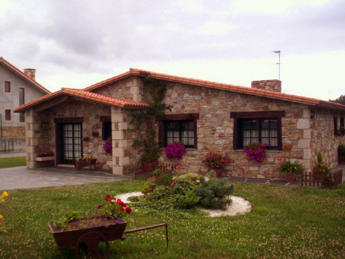 Construcciones r sticas gallegas casa en naron for Case in stile hacienda con cortili