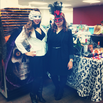 sc 1 st  The Pretty Factor - Blogger & The Pretty Factor: Halloween at Work