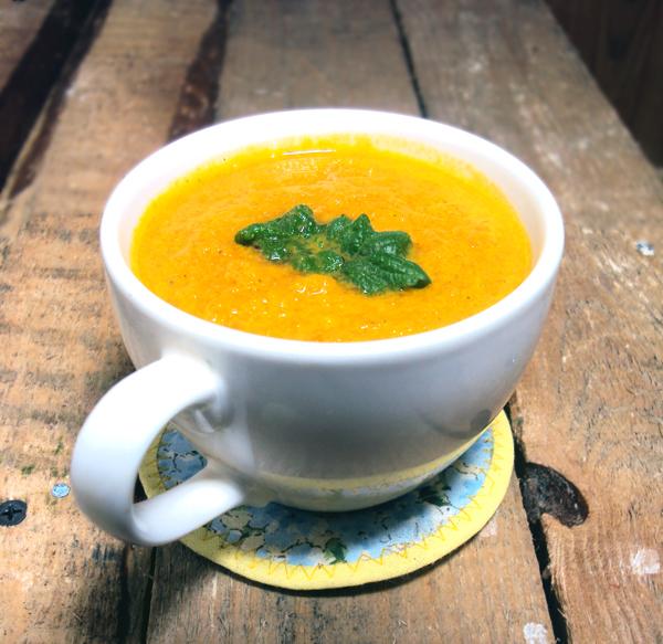 Kremowa zupa z marchwi