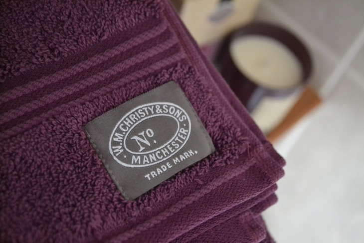 Christy Plum Towels Candle review