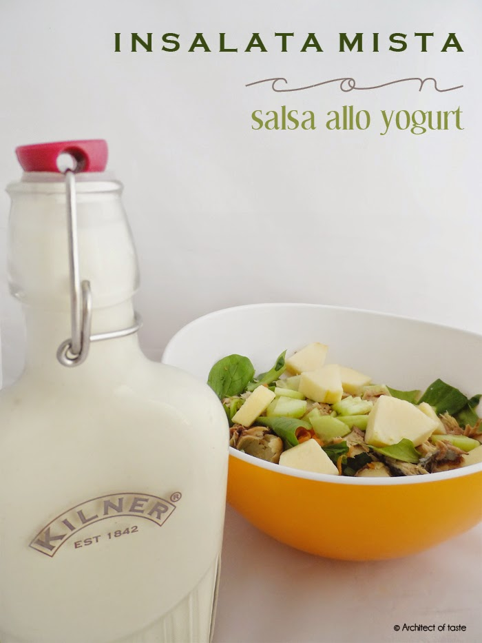 insalata mista con salsa allo yogurt