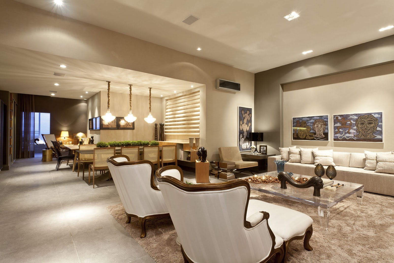 #946D37 Os novos apartamentos estão menores e projetos como este são  1600x1067 píxeis em Conjunto De Sala De Estar Casas Bahia