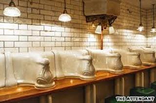 Mampir ke Restoran Toilet