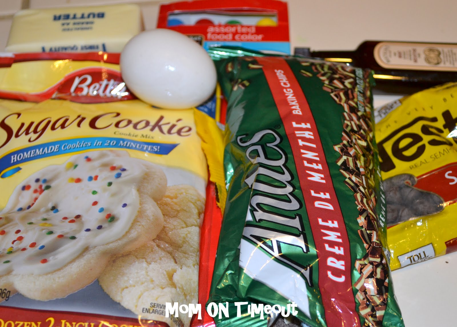Mint Chocolate Chip Cookies - Mom On Timeout
