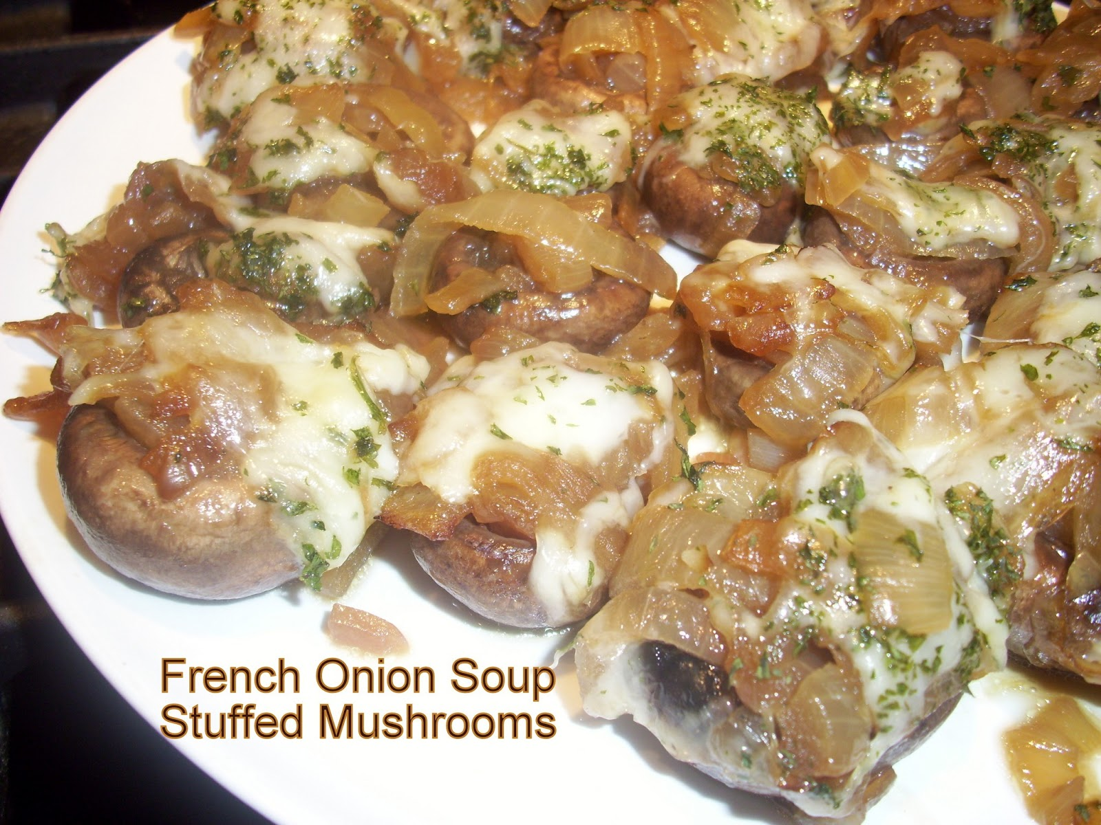 Flavors by Four: French Onion Soup Stuffed Mushrooms