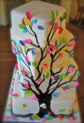 Tarta árbol con hojas de colores