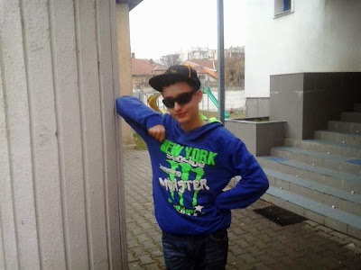 Baiat 14 ani, Hunedoara Deva, id mess devarichard99