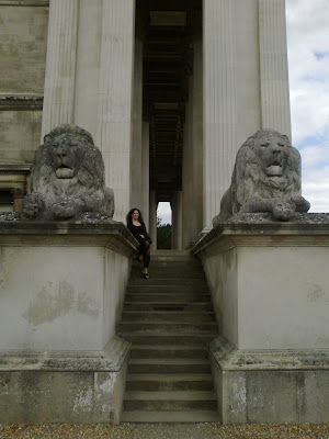 Lions outside Fitzwilliam Museum, Cambridge