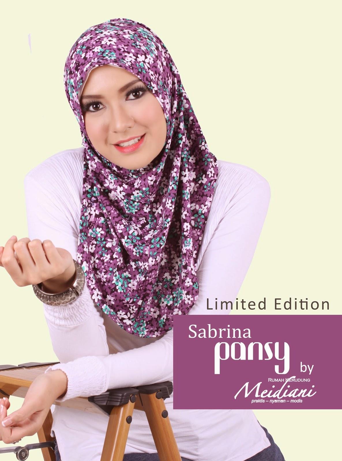 Sabrina Pansy