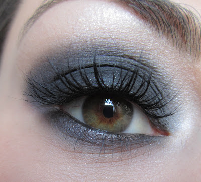 http://chroniquedunemakeupaddict.blogspot.com/2012/04/make-up-rock-chic.html