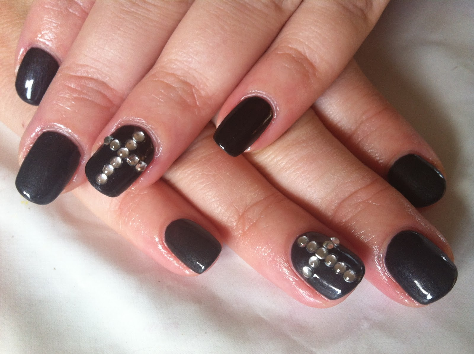 Brush up and polish up cnd shellac nail art overtly onyx crosses cnd shellac nail art overtly onyx crosses prinsesfo Images