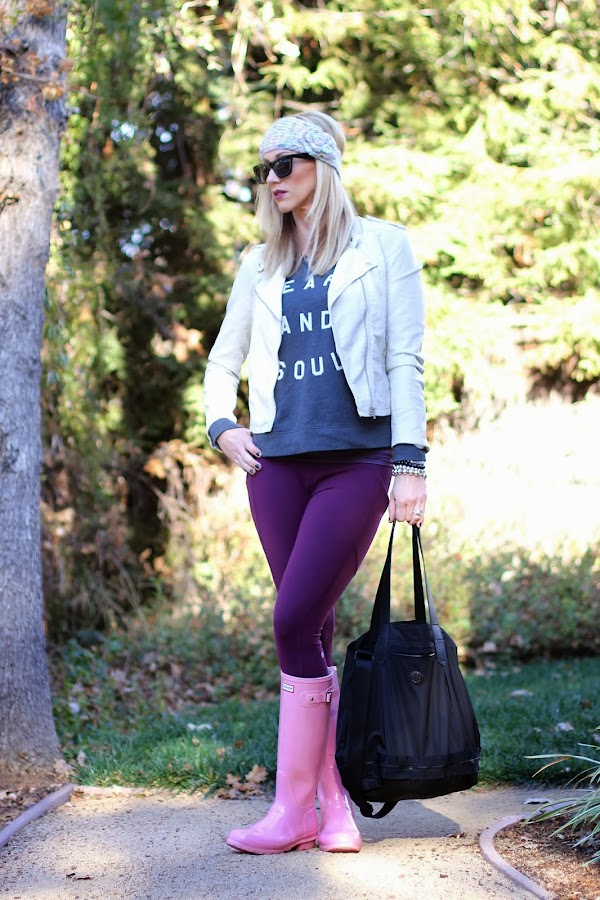 leggings and hunter boots
