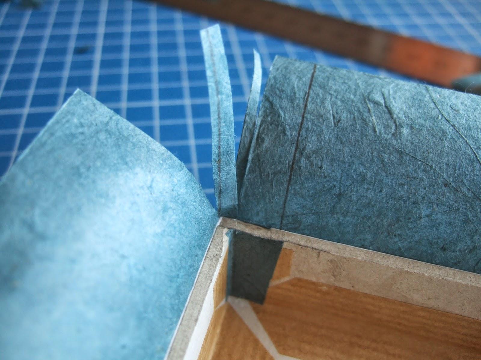 Au fil de belz pha 2 me cartonnage myst re 2 me tape - Couper papier peint sans dechirer ...