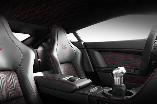 2012-Aston-Martin-V12-Zagato-Interior-front
