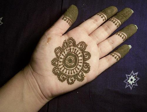 Mehndi Patterns For Small Hands : Easy mehndi designs for hands mehandesign