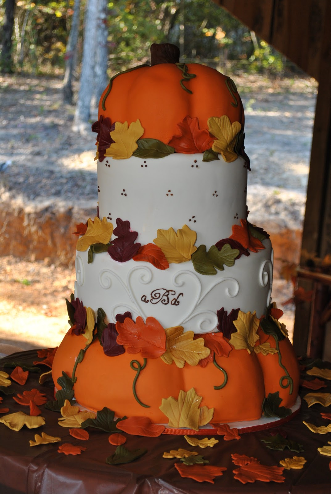 Hope s Sweet Cakes Pumpkin Wedding Cake