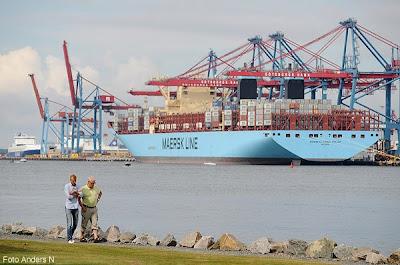 M/S Mærsk Mc-Kinney Møller, världens största skepp, maersk line, danskt fartyg, rederi, worlds largest ship, danish container ship, denmark, göteborg, göteborgs hamn