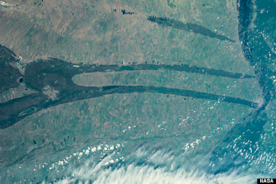 Strange 'Spikes' Spotted In Siberia By ISS Astronauts - August 2014