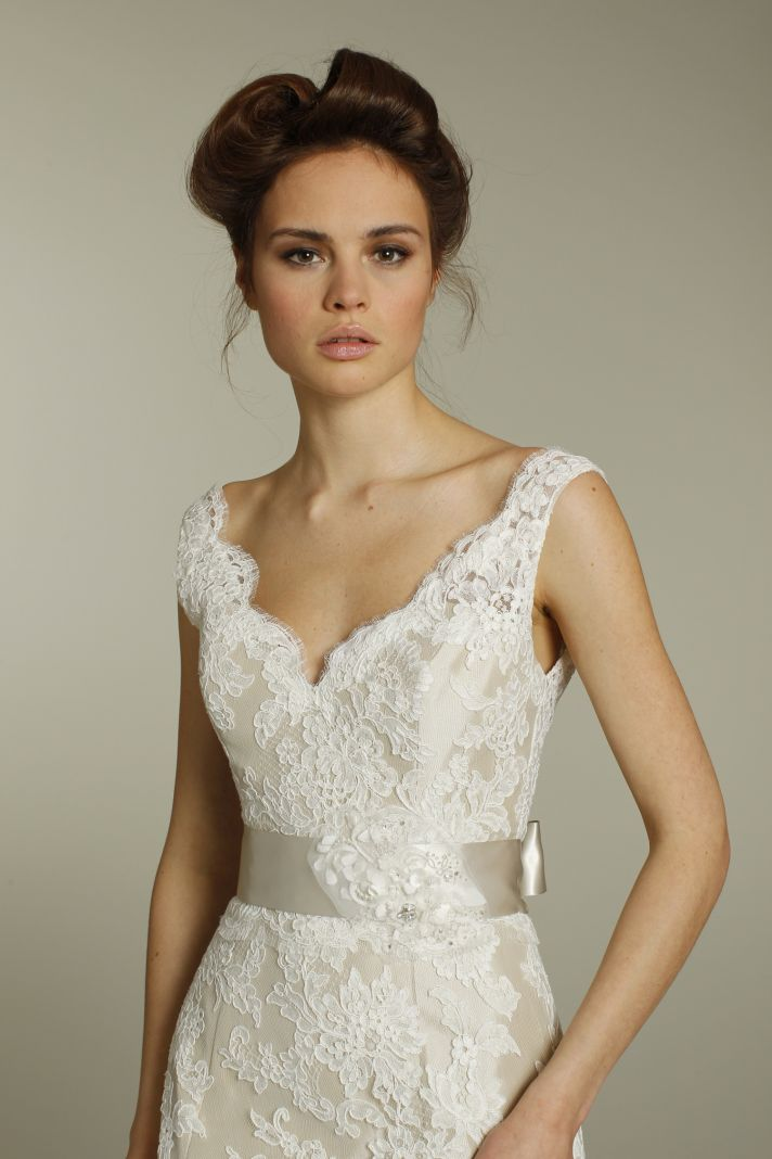 Samantha berlin 39 s blog wedding dresses to suit larger busts for Wedding dress for large bust
