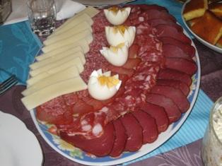 i love serbian food meza