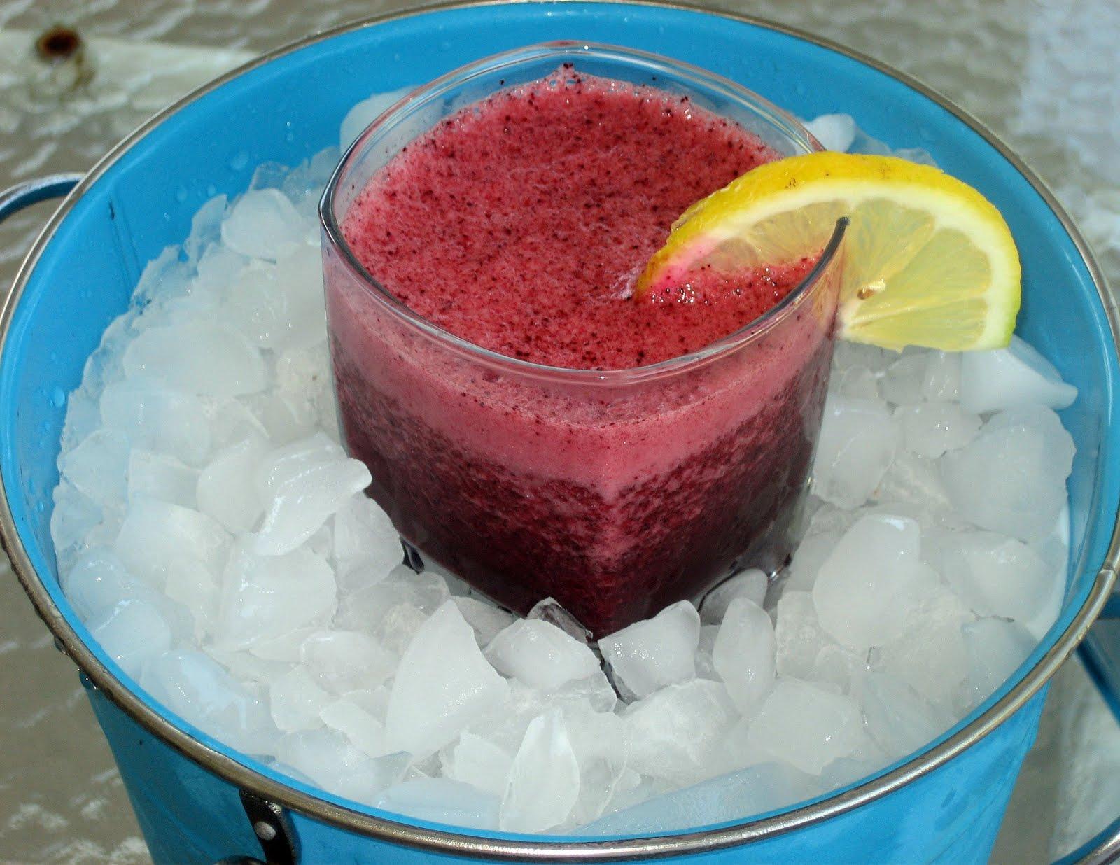 Tracy Cooks It Right: Berry Citrus Summer Slush