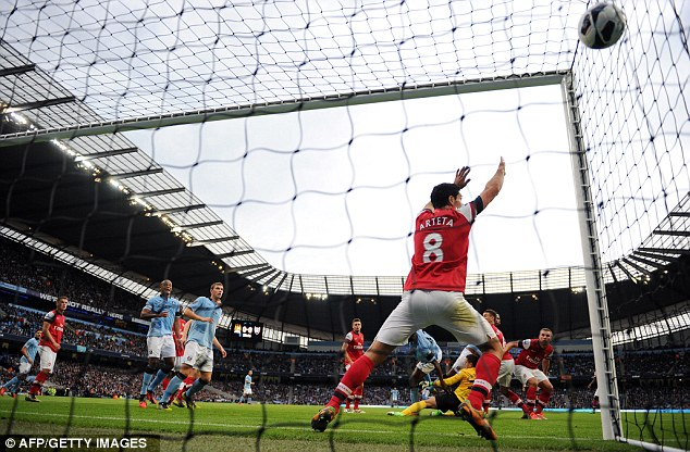 Cuplikan Video Highlights Manchester City 1-1 Arsenal, 23 September 2012