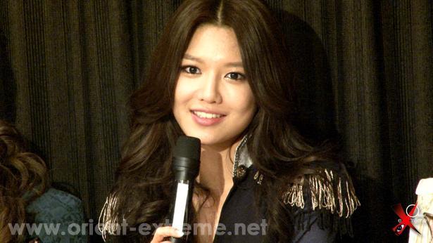 Photo] Pesta kejutan ulang tahun Sooyoung di Paris
