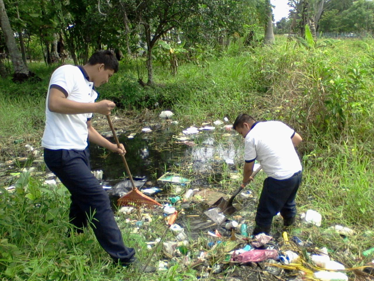 LA CONTAMINACION EN MI COMUNUDAD: La contaminacion en mi comunidad