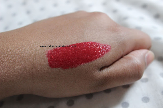 milani-liquid-color-in-extreme-red-review-and-swatches